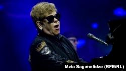 Elton John, în concert la Tbilisi, 1 iulie 2018