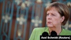 Анґела Меркель 18 серпня мала понад 3-годинну зустріч із російським президентом Володимиром Путіним