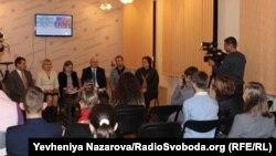 Презентація безкоштовних мовних курсів у Запоріжжі