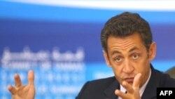 رییس جمهوری فرانسه می گوید که ایران وارد یک قمار خطرناک شده است.(عکس: AFP)