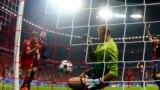 Golul lui Thomas Müller de la Bayern München...