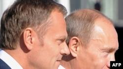 Польшанын өкмөт башчысы Дональд Туск менен Россиянын премьери Владимир Путин Сопотто.