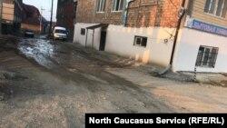Разбитые улицы Махачкалы (архивное фото)