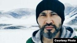 Китайский актер казахского происхождения Мухтар Тлеугазы.