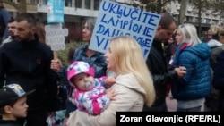 """""""Kada majke i buduće majke imaju želju da nešto kažu, uvek za to imam razumevanja."""" (na fotografiji: sa protesta trudnica i porodilja u Beogradu, septembar 2018.)"""