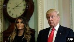 АКШ президентине шайланган Дональд Трамп жана жубайы Мелания Трамп.