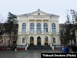 Гимназия в городе Крагуевац