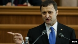 Moldovan Prime Minister Vladimir Filat's pro-Western government resigned on March 8, after losing a no-confidence vote in parliament on March 5.