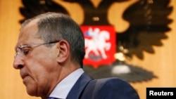 Ռուսաստան -- Արտգործնախարար Սերգեյ Լավրովը հեռանում է մամուլի ասուլիսից հետո, Մոսկվա, 26-ը օգոստոսի, 2013թ.