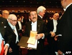 Нобелевская церемония в Стокгольме. 1999 год