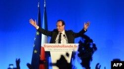 Ֆրանսուա Օլանդը ելույթ է ունենում նախագահական ընտրությունների երկրորդ փուլի արդյունքների հրապարակումից հետո, 6-ը մայիսի, 2013թ.