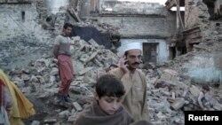 Երկրաշարժի պատճառած ավերածությունները Պակիստանում, 26-ը հոկտեմբերի, 2015թ․