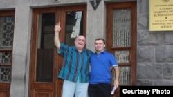 Armenia - Opposition activist Hamlet Hohannisian (L), released on bail on 5 August, 2009. Photo by Gagik Shamshian.