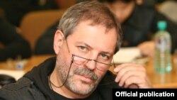 Михаил Леонтьев