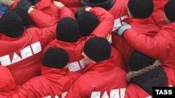 Члени прокремлівської молодіжної групи «Наші» під час мітингу на Червоній площі у Москві (архівне фото)