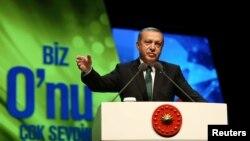 Թուրքիայի նախագահ Ռեջեփ Էրդողանը ելույթ է ունենում Ստամբուլում մի հանդիսության ժամանակ, 8-ը մայիսի, 2016թ․