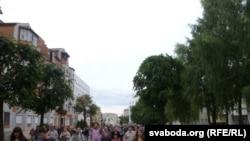 Բելառուս - «Հեղափոխություն սոցցանցերի միջոցով» ֆլեշմոբը Մոգիլյով քաղաքում, հուլիս, 2011թ.