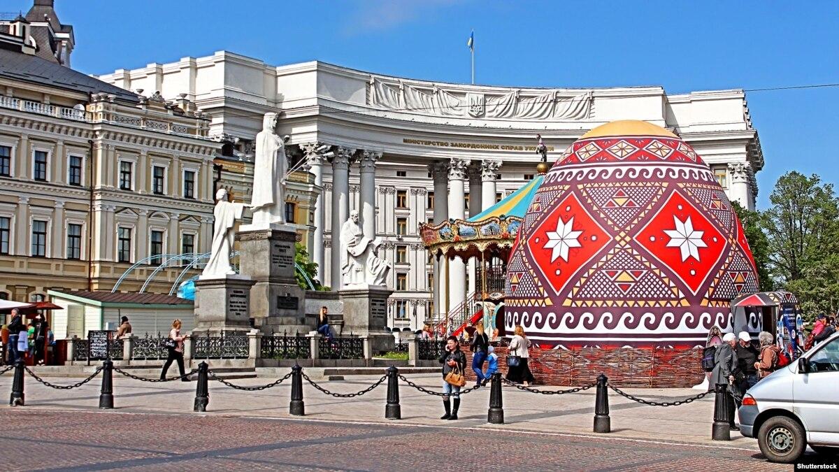 В Україні понад 6,7 мільйона осіб взяли участь у Великодніх богослужіннях