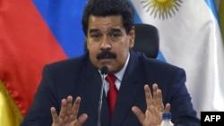 Президент Венесуэлы Николас Мадуро жестко отвергает любые обвинения в нарушениях прав человека
