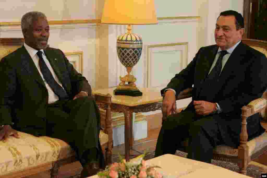 Вересень 2006 року, під час зустрічі з Генеральним секретарем ООН Кофі Аннаном