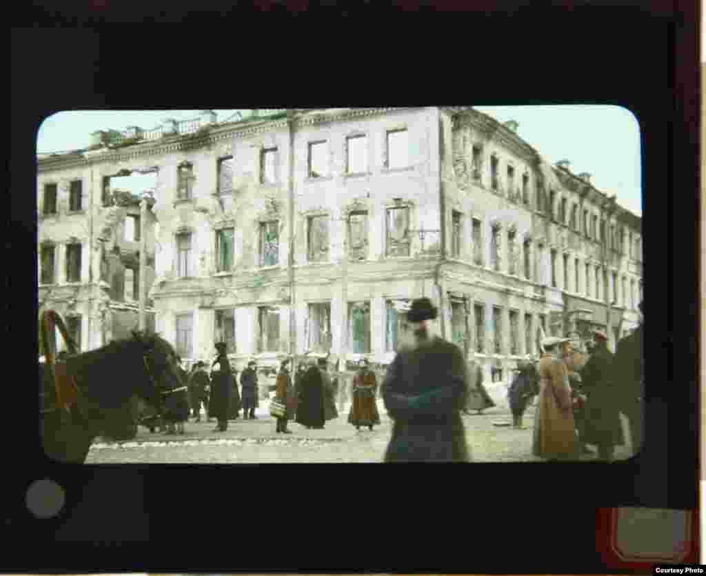 Зруйнований будинок у Москві