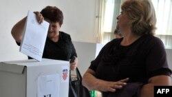 Većina analitičara se slaže da su birači većinom rekli kako ne žele prevelike promjene