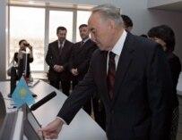 Kazakh President Nazarbaev starting the Atasu-Alashenkou pipeline between his country and China on 15 December
