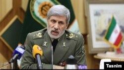 وزیر دفاع ایران امیرحاتمی