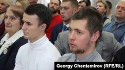 Павел Ильин (слева) и Валерий Круподерщиков (справа)