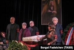 Прощание с главой Московской Хельсинкской группы Л. Алексеевой в Москве
