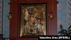 La Mânăstirea Căpriana