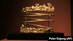 Билет в один конец? Запутанная история «скифского золота» Крыма (фотогалерея)