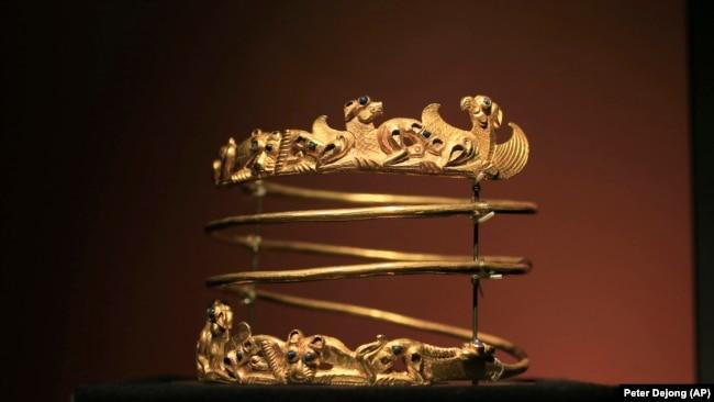 «Cкіфське золото» - скарби Криму - фотогалерея