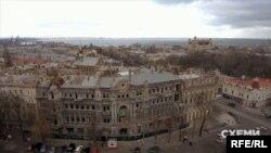 Такий вигляд ще донедавна мав будинок мільйонера і мецената часів Російської імперії Олександра Руссова