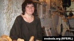 Майстар, якая ператварыла гліну ў мэтал