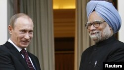 Indian Prime Minister Manmohan Singh (right) with Russian President Vladimir Putin earlier this year.