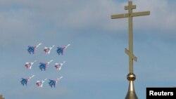 Истребители и кресты