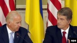Віктор Ющенко і Джозеф Байден (зліва). Київ, 21 липня 2009 р.