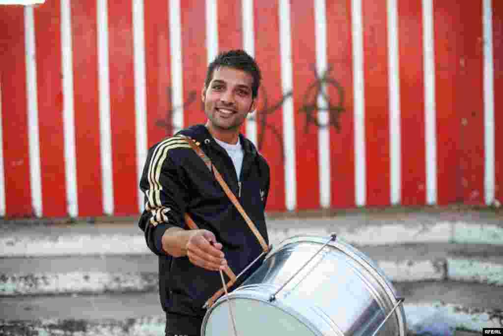 The Drummers Of Macedonia's Semka Band #5