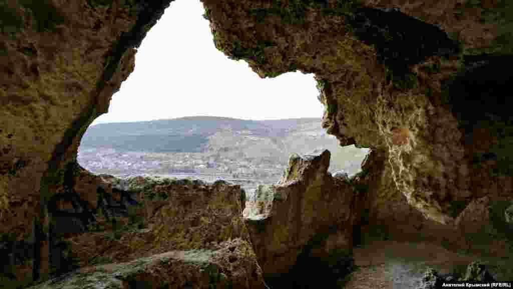 У печері-келії