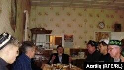 Түгәрәк Аланда Корбан бәйрәме, имам - Газизулла Исрафилов