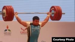Қазақстандық ауыр атлет Владимир Седов 2014 жылы Алматыдағы әлем чемпионаты кезінде.
