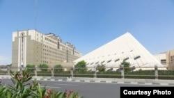 ساختمان مجلس شورای اسلامی در تهران