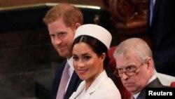 Хари и Меган с принц Андрю