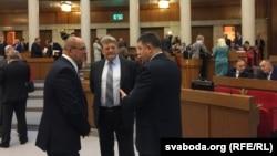 Дэпутаты Палаты прадстаўнікоў шостага скліканьня ў першы дзень працы
