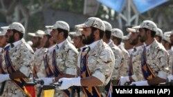 Anëtarë të Gardës Revolucionare të Iranit. Fotografi nga arkivi.