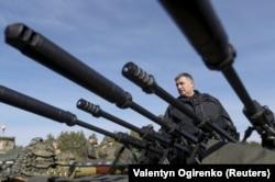 """Министр внутренних дел Украины Арсен Аваков, имя которого чаще всего ассоциируют с организацией """"Народных дружин"""""""