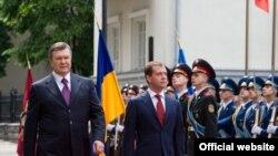 Președinții Ianucovici și Medvedev