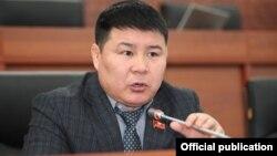Тазабек Икрамов, Қырғызстан парламентінің депутаты.