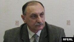 Валеры Ўхналёў